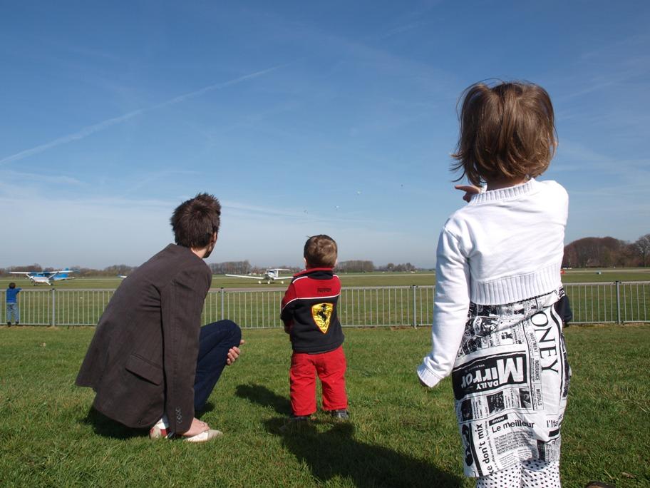 Vliegtuig spotten met kinderen