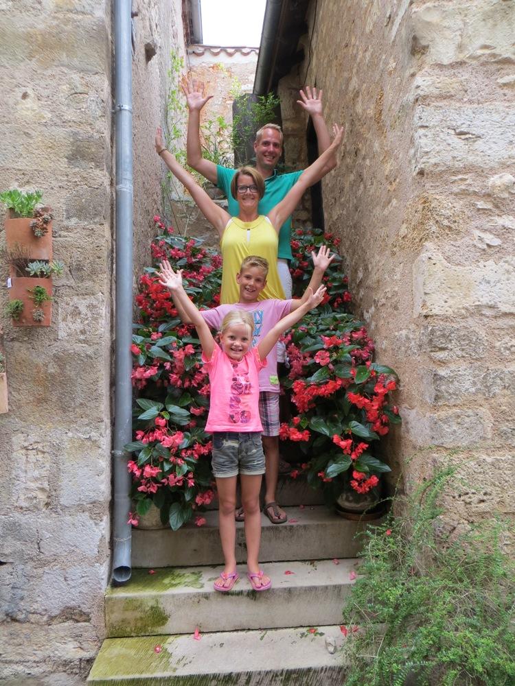 vakantie met kinderen, kamperen met kinderen, vouwwagen met kinderen, Cabanon Neptune, kids er op uit