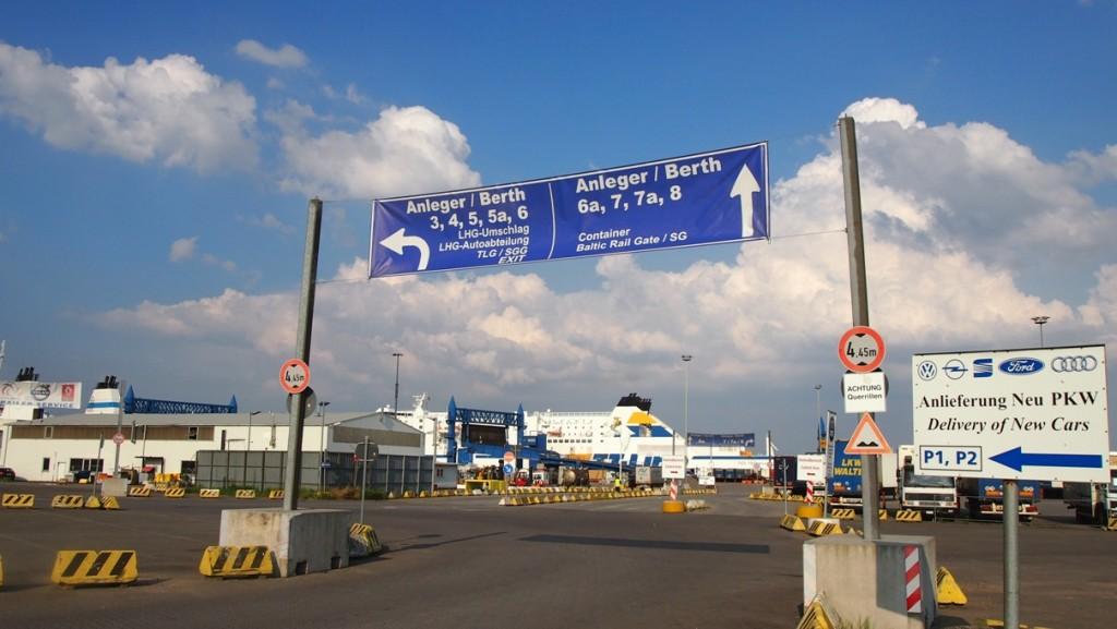 Bij Travemunde ligt de ferry van TT-line al klaar om ons naar Trelleborg te brengen.