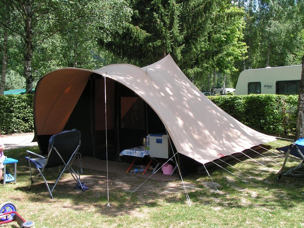 Zo k&eer ik in een De Waard Stormmeeuw tent ... & Zo kampeer ik: met de Wildbeast Dangare tent