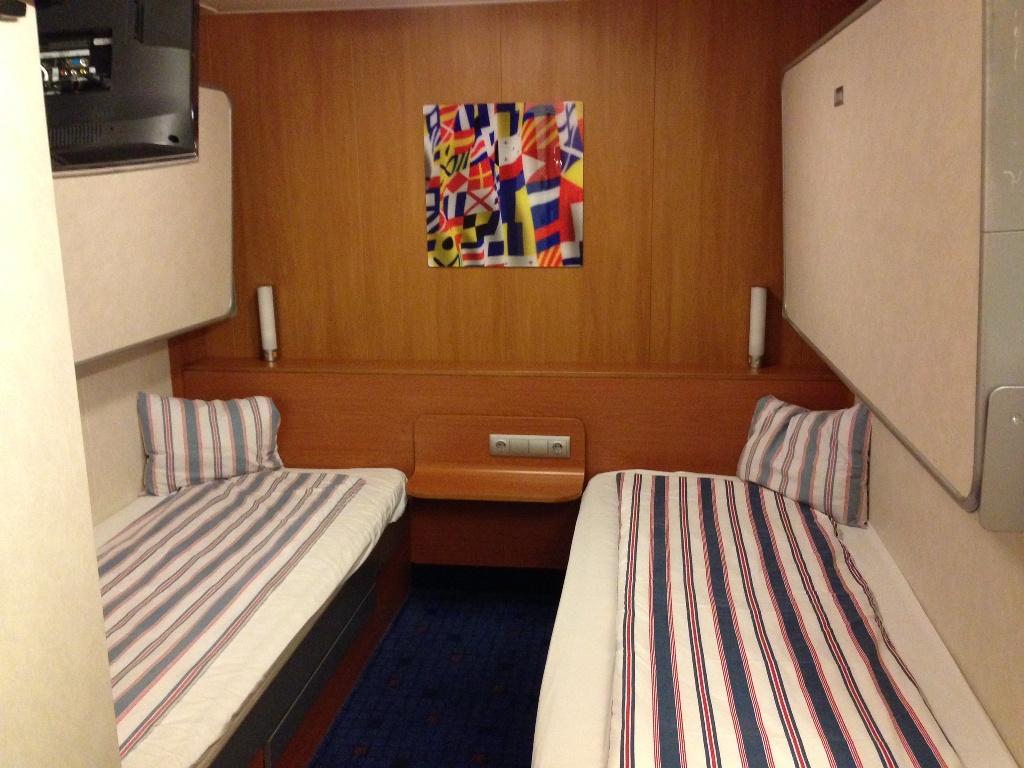 De 4 persoons binnenhut bij StenaLine. Een comfortabele manier om naar Zweden te reizen.