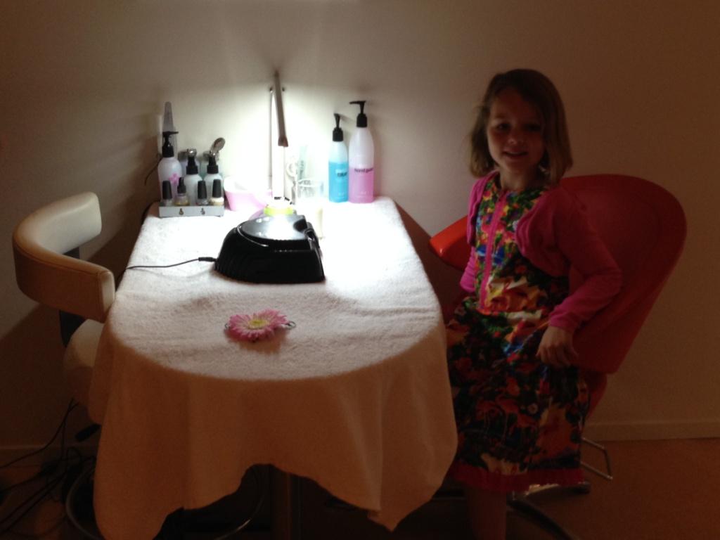 Helemaal klaar voor de Little Princess behandeling als afsluiting van ons moeder dochter weekend.