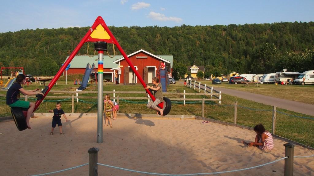 Het speeltuintje op Getingaryds Camping