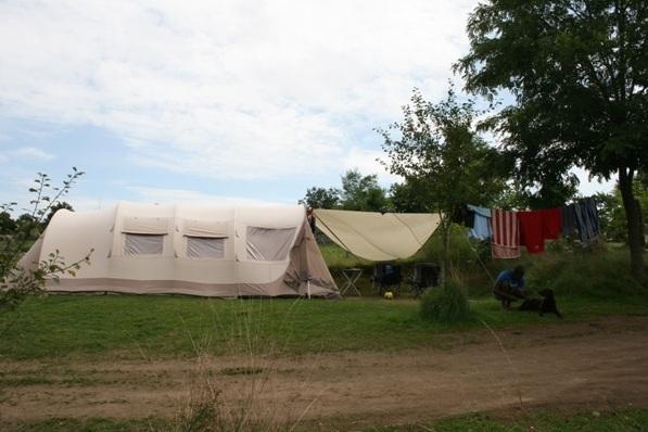 vakantie met kinderen, kamperen met kinderen, Badari Village 450, tent met kinderen, kids er op uit