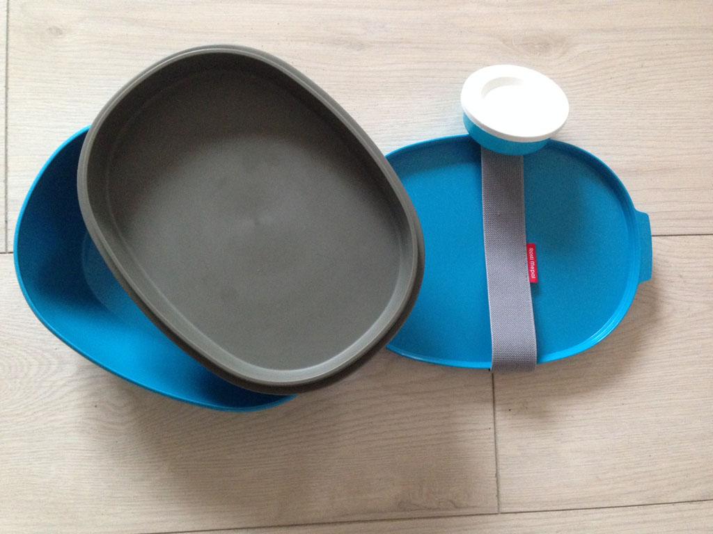 De verschillende compartimenten van de lunchbox.