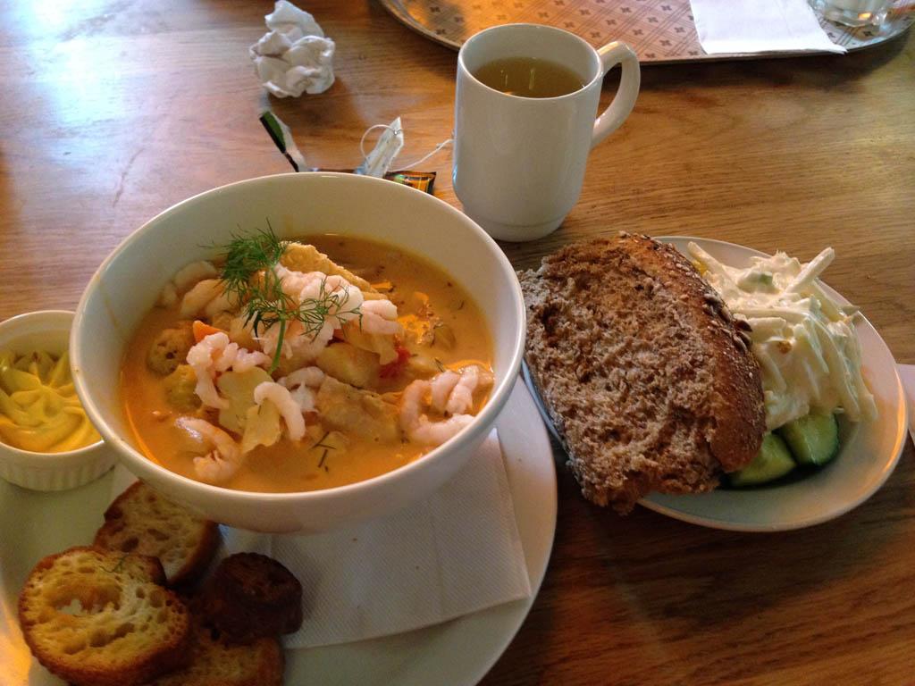 Na de lunch bij Grillska Huset kan je de avondmaaltijd beperken.
