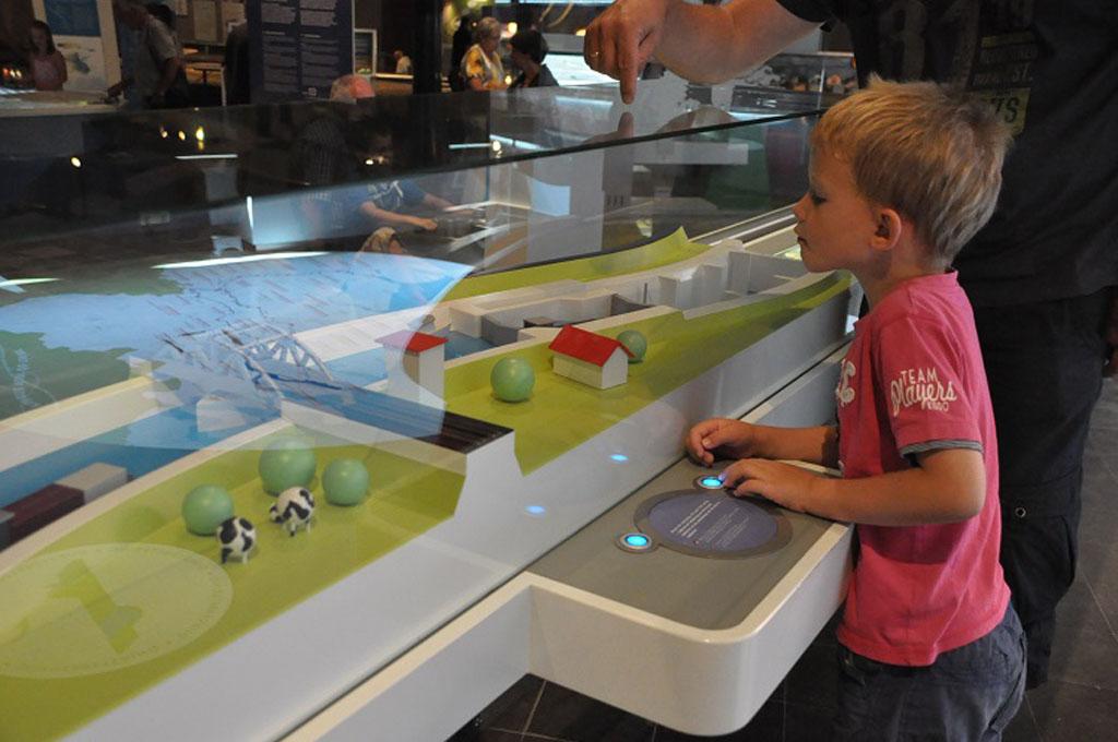 Het Watermuseum is een echt doe-museum en dus erg leuk met kinderen.