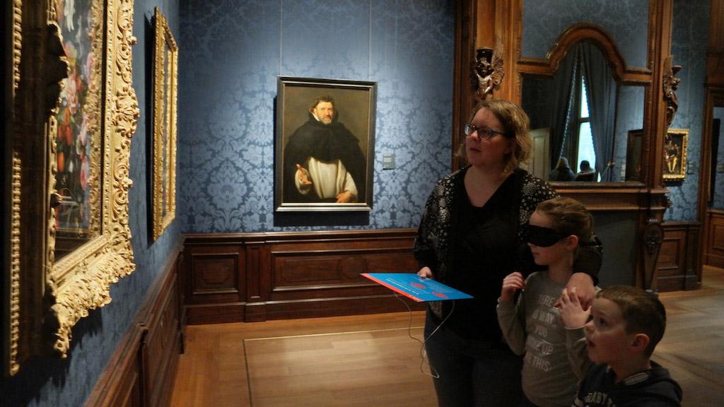 Geblinddoekt in het Mauritshuis