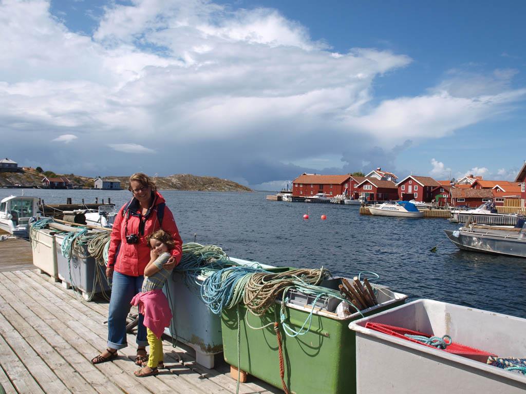 Timing: bij een viswinkel zijn als er net verse vis wordt binnen gebracht.