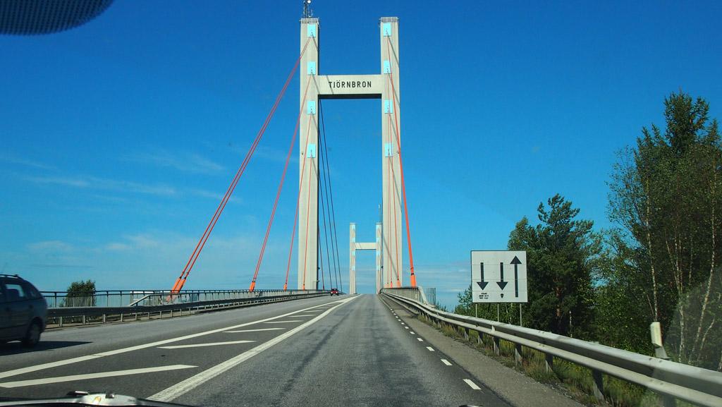 De brug naar Tjörn.