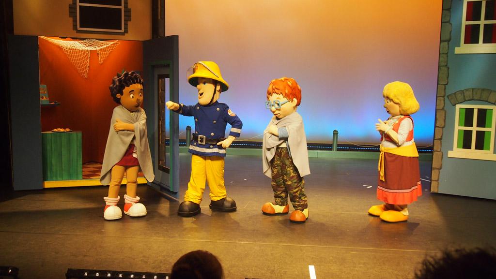 Gelukkig was onze grote held Brandweerman Sam in het theater om dit probleem op te lossen.
