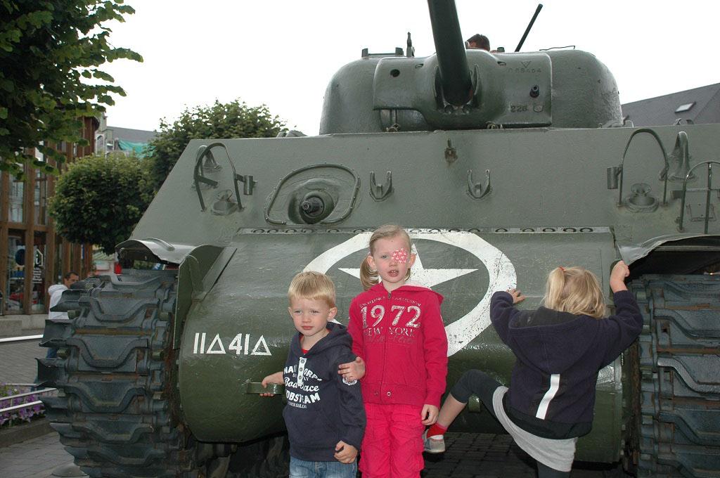 Met de kinderen in Bastogne.
