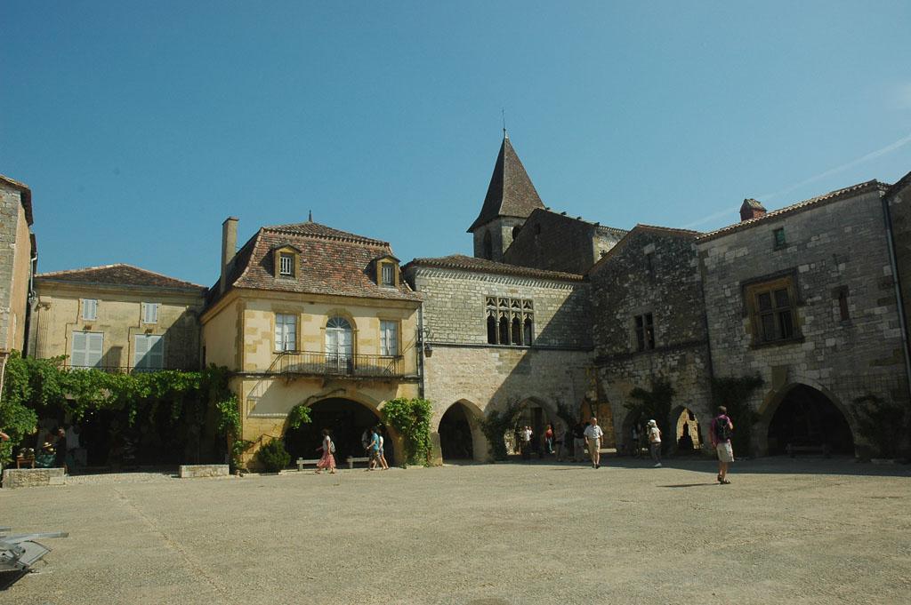 Een van de vele Middeleeuwse dorpjes in de Dordogne.