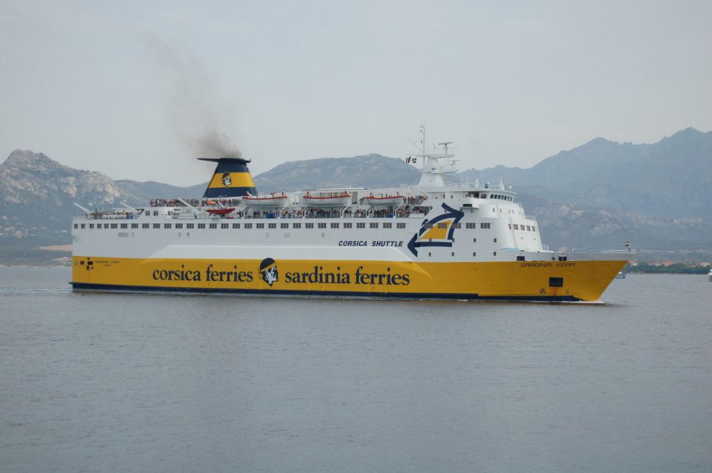Bezoek Corsica met kinderen en ga net als Lineke met de korte ferry vanaf Nice.