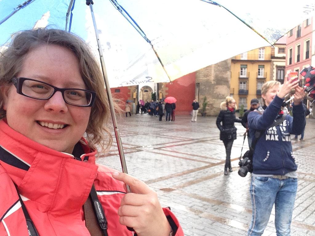 Selfie in de regen op Facebook?