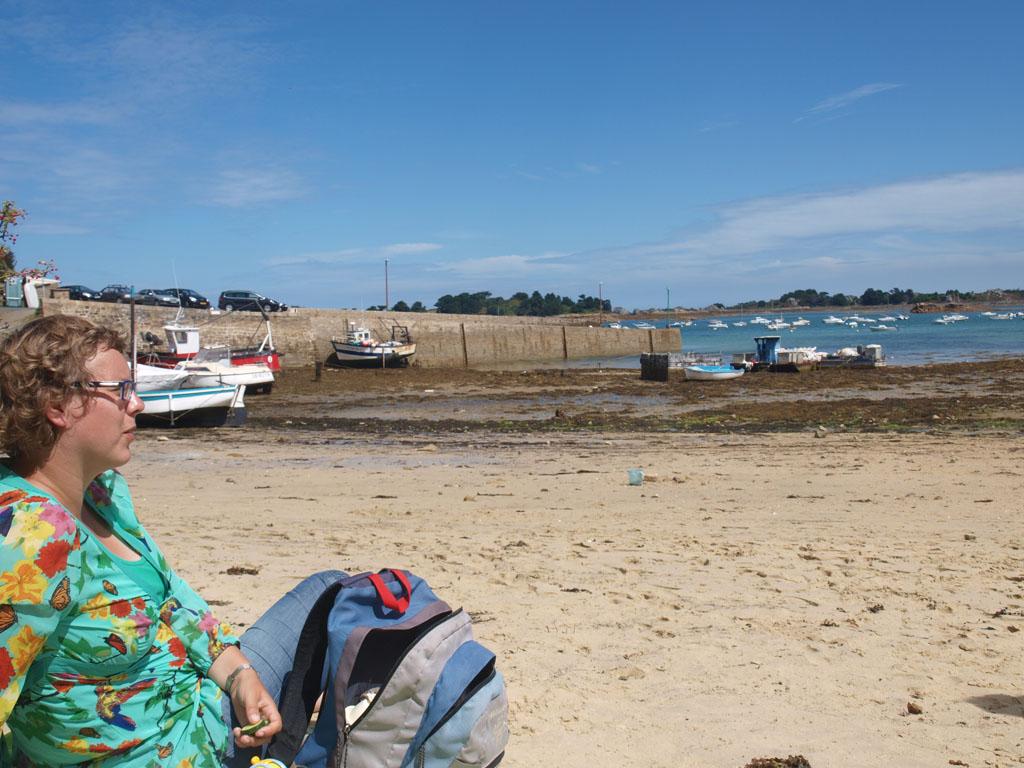 We vonden een plekje rechts naast de pier.
