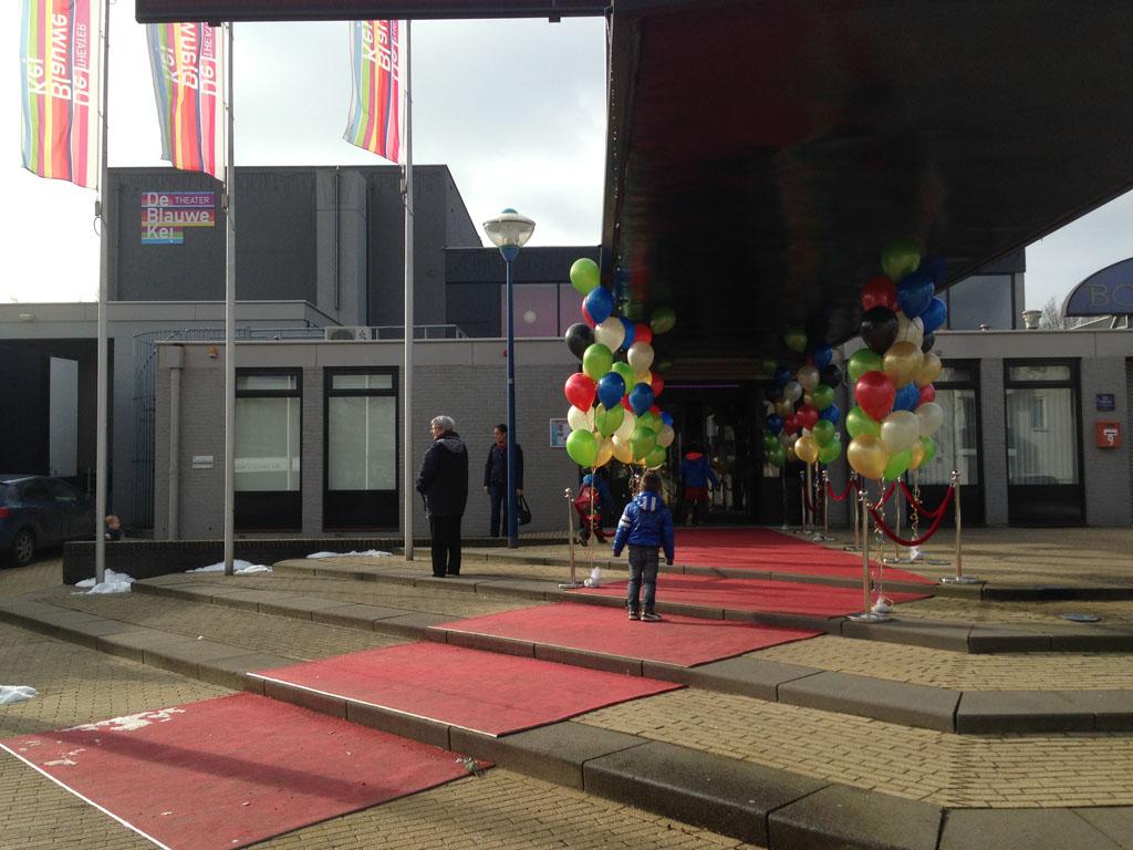 """Premiere """"Piet Piraat show: de kleine dino"""" in De Blauwe Kei in Veghel."""