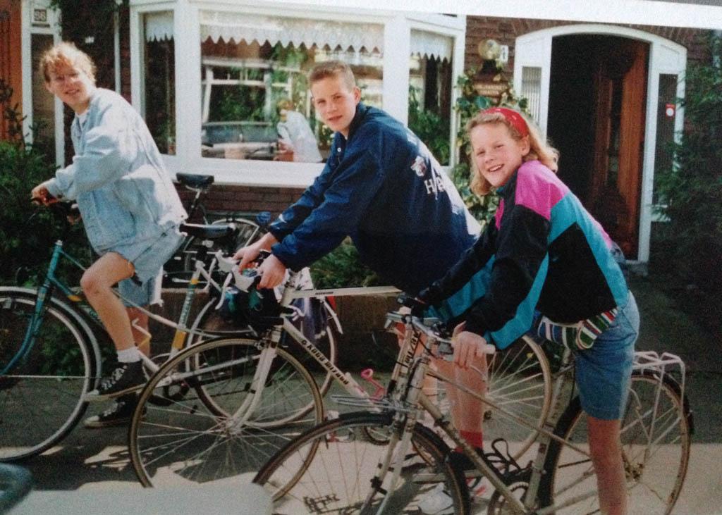 1994: Met z'n drieën van huis naar Zaanstad fietsen.