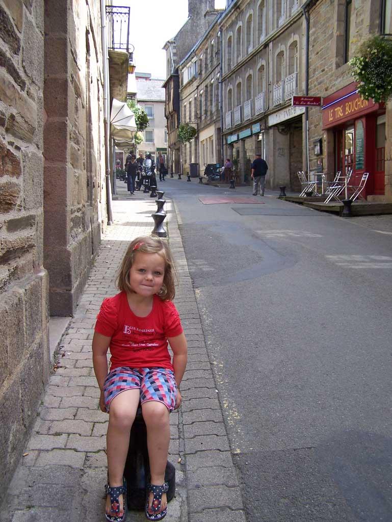 In een van de straatjes in Lannion.