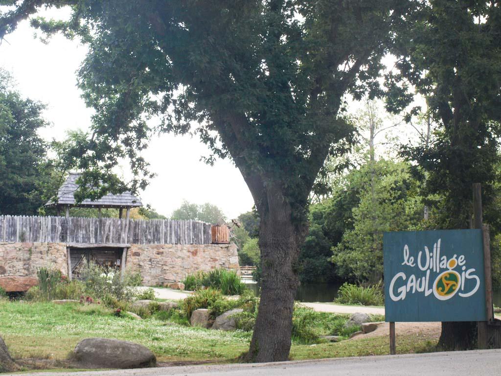 Le Village Gaulois in Bretagne