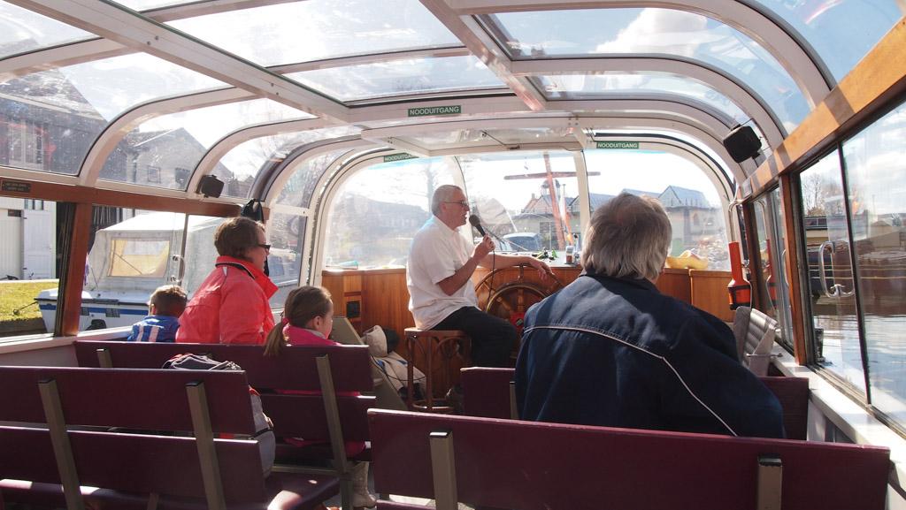 Wij waren er op een rustige dag, dus plek genoeg in de boot.