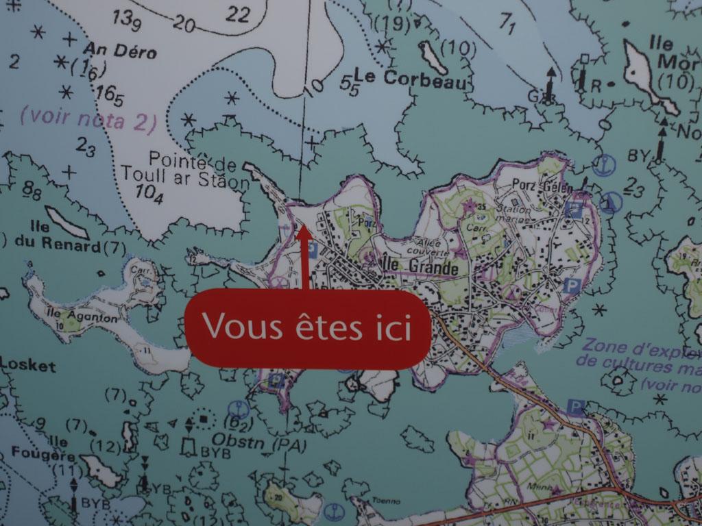 Aan de oceaanzijde van het eiland ligt het vogelopvangcentrum en het informatiecentrum.