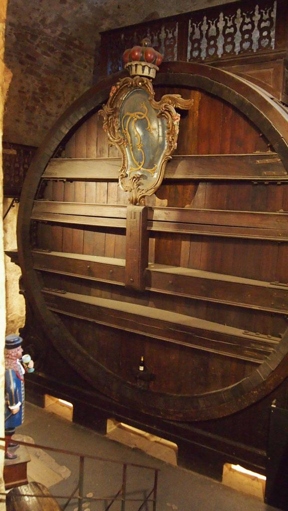 Het grootste wijnvat dat ik ooit gezien heb!