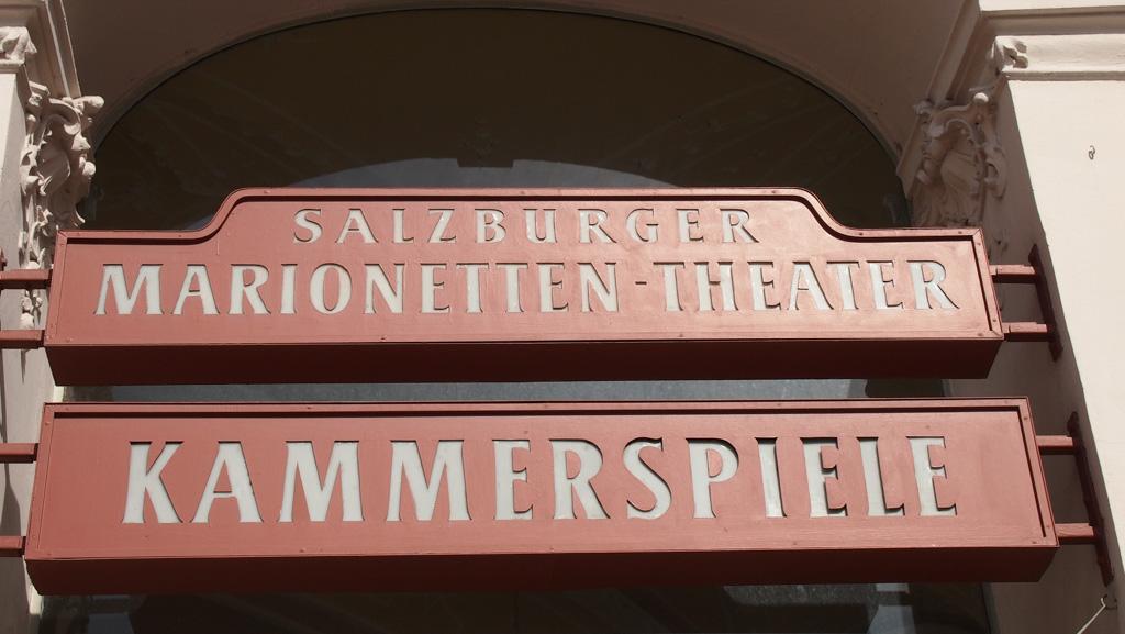 Genieten van theater met kinderen doe je bij het Marionettentheater.