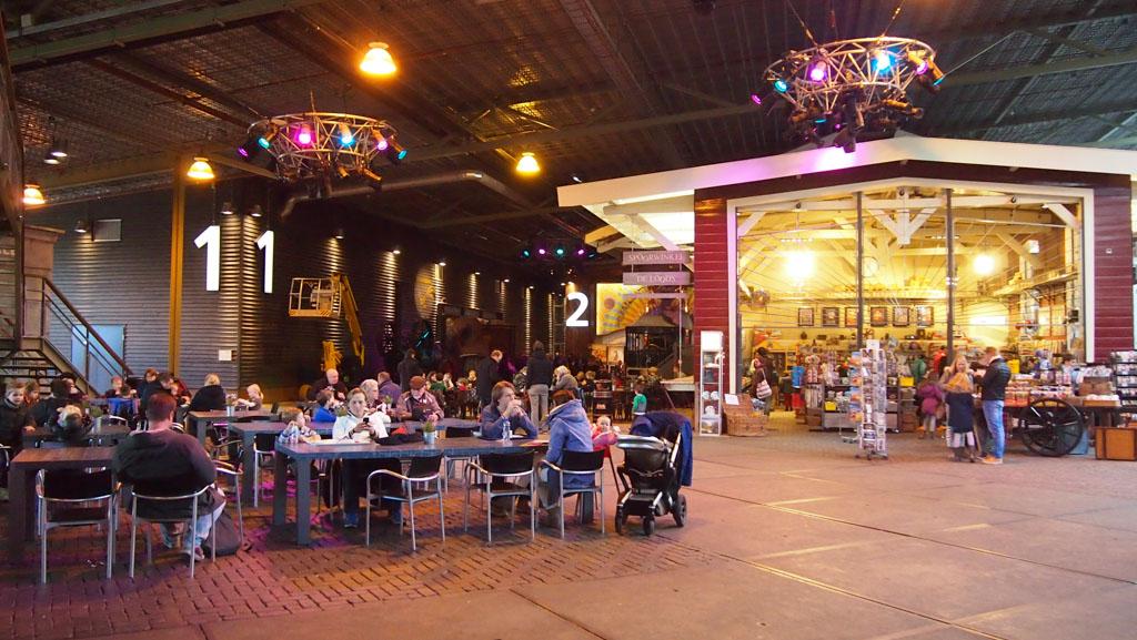 Spoorwegmuseum restaurant en museumwinkel