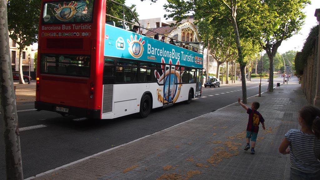 Daaag bus!