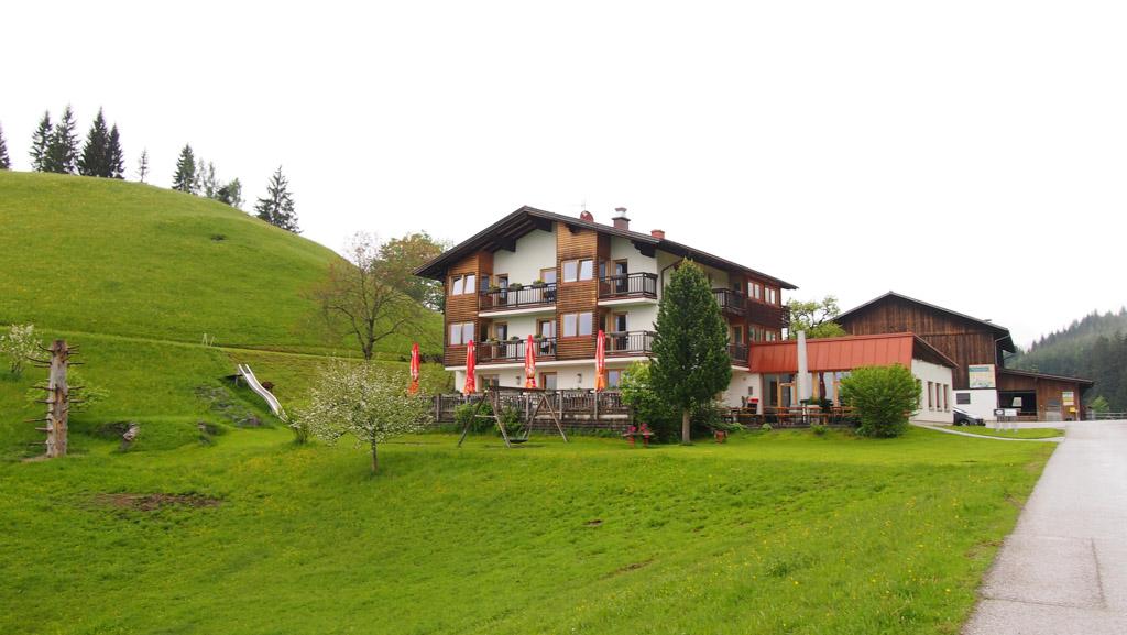 BergGasthof Bachrain: overnachten in een farmhouse in de bergen (regio Tennengau, Salzburgerland).