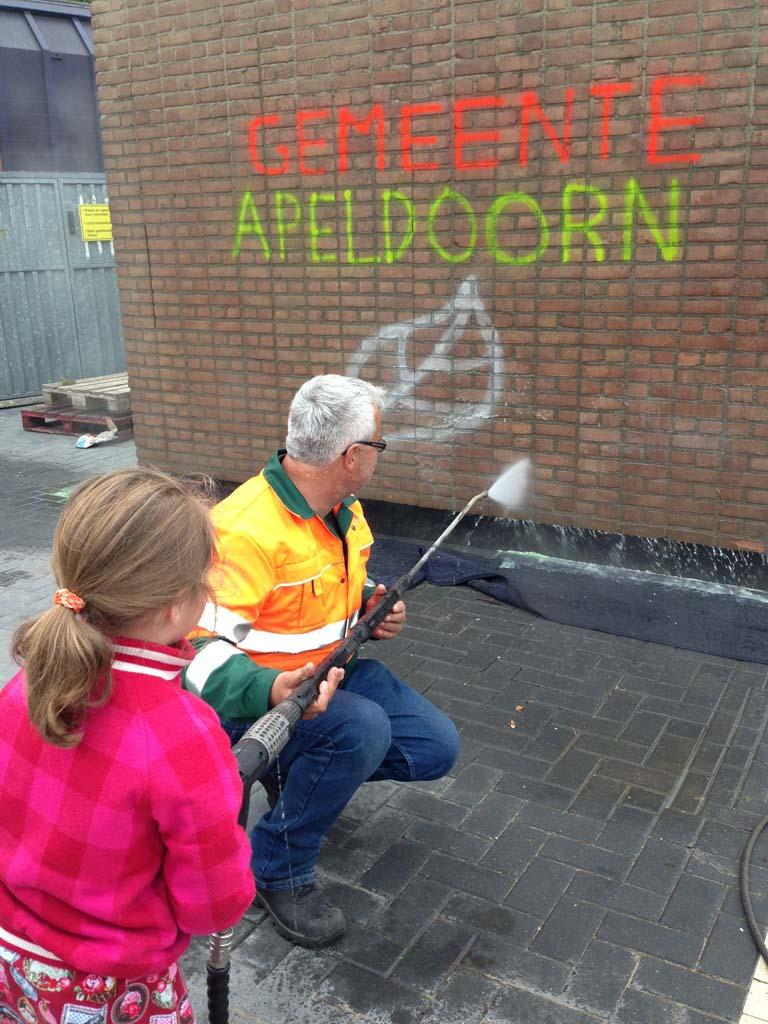 Een van de vele activiteiten voor kinderen tijdens de Dag van de Bouw bij Werkgebouw Zuid.