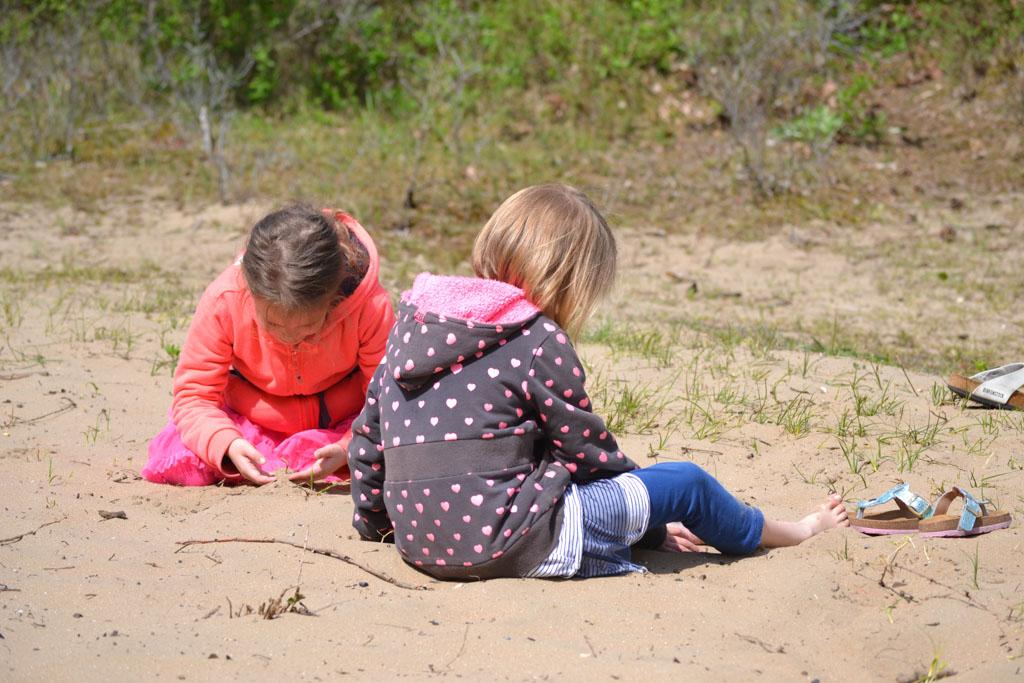 Genoeg zand om lekker in te spelen.