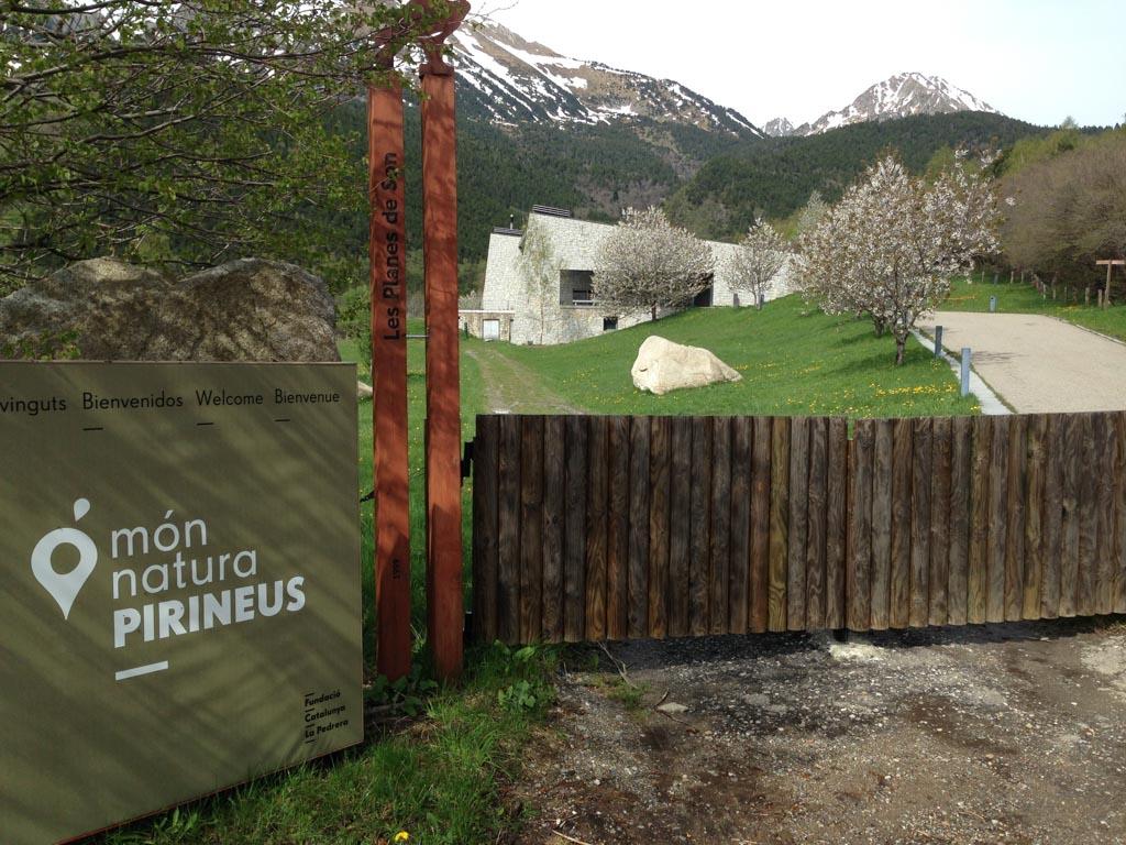 MonNatura Pirineus Wildlife Center ligt op een prachtige locatie in de Spaanse Pyreneeën.
