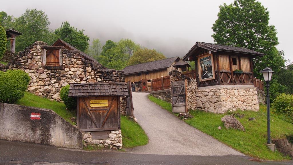 Het Keltische dorpje bij de zoutmijn.