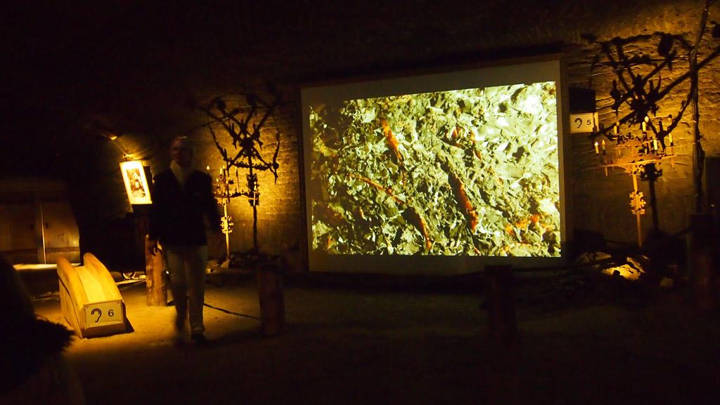 Het eerste stukje van de film waarmee we meer over de zoutmijn leren.