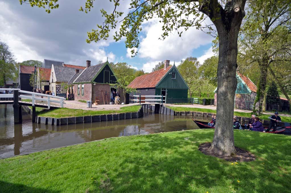 Huisjes van rondom de voormalige Zuiderzee.