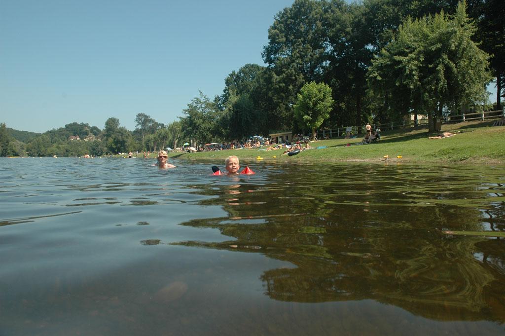 Zwemmen in de Dordogne.