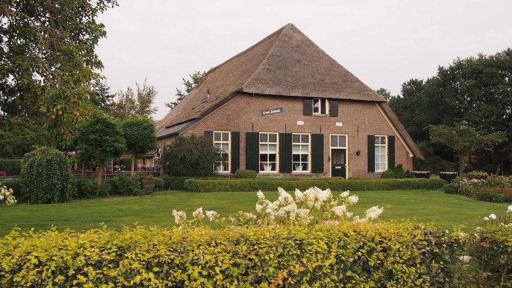 Het woonhuis van Kampeerhoeve Bussloo.