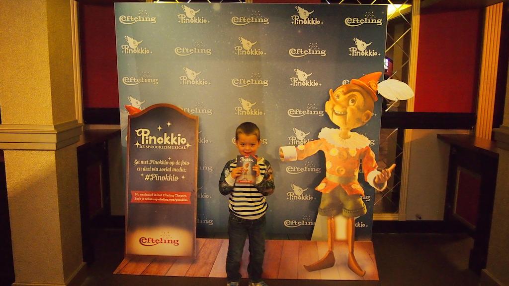 Beetje spannend: met Pinokkio op de foto.