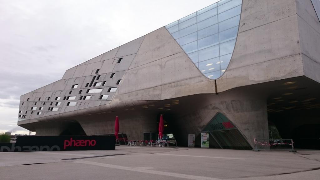 Het gebouw van Phaeno.