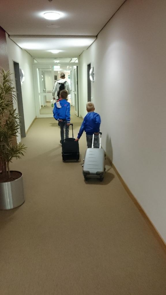 Spannend, op weg naar de hotelkamer....