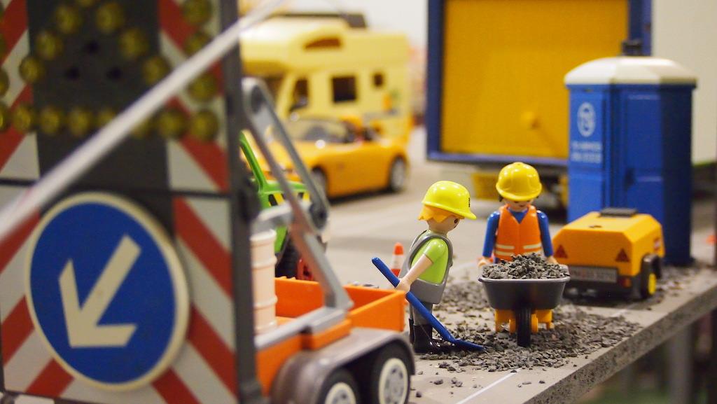 Detail: werk aan de weg.