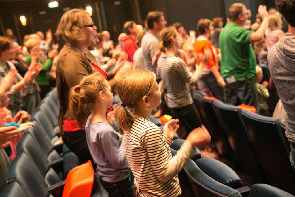 interactie met de zaal tijdens Rapunzel de musical