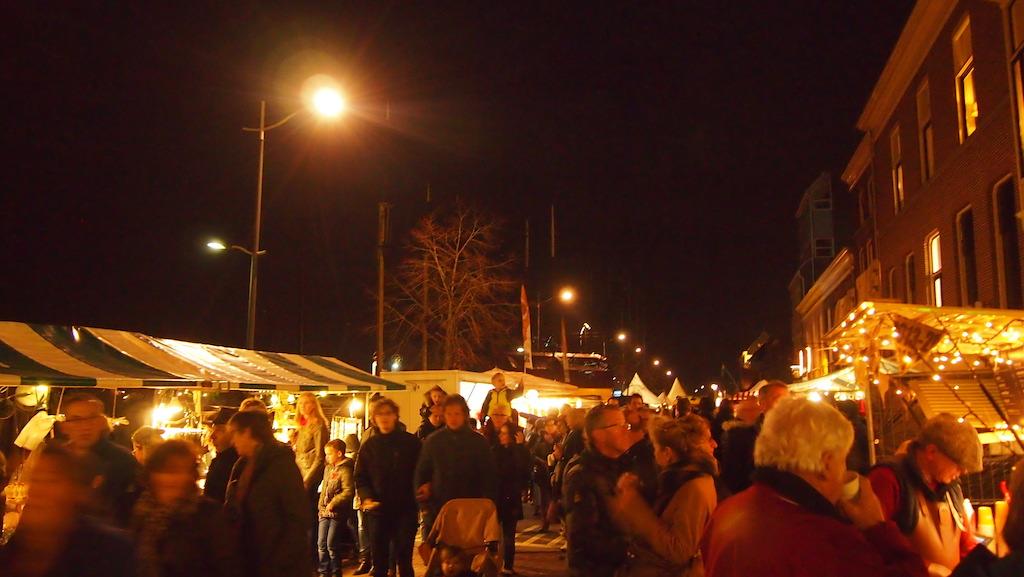 De kraampjes langs de IJssel.