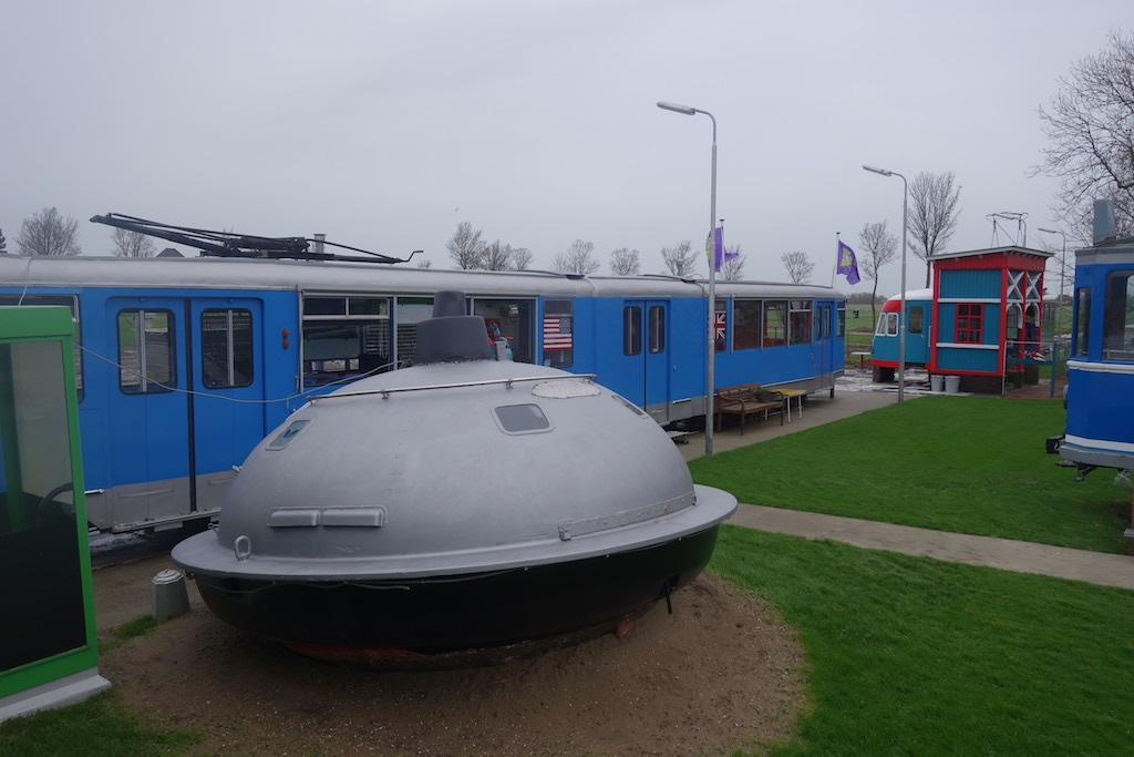 Zomers kunnen kinderen in de UFO slapen.