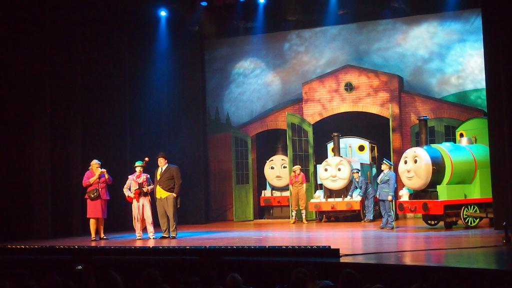 Ook Gordon, James en Percy doen mee aan de voorstelling.