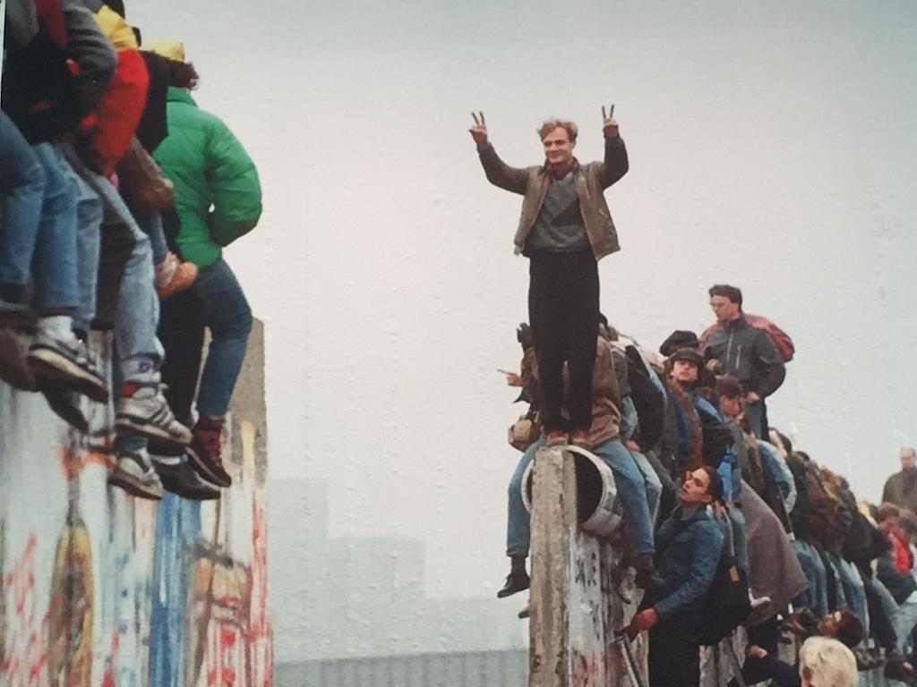 Pas in 1989 viel de Muur...