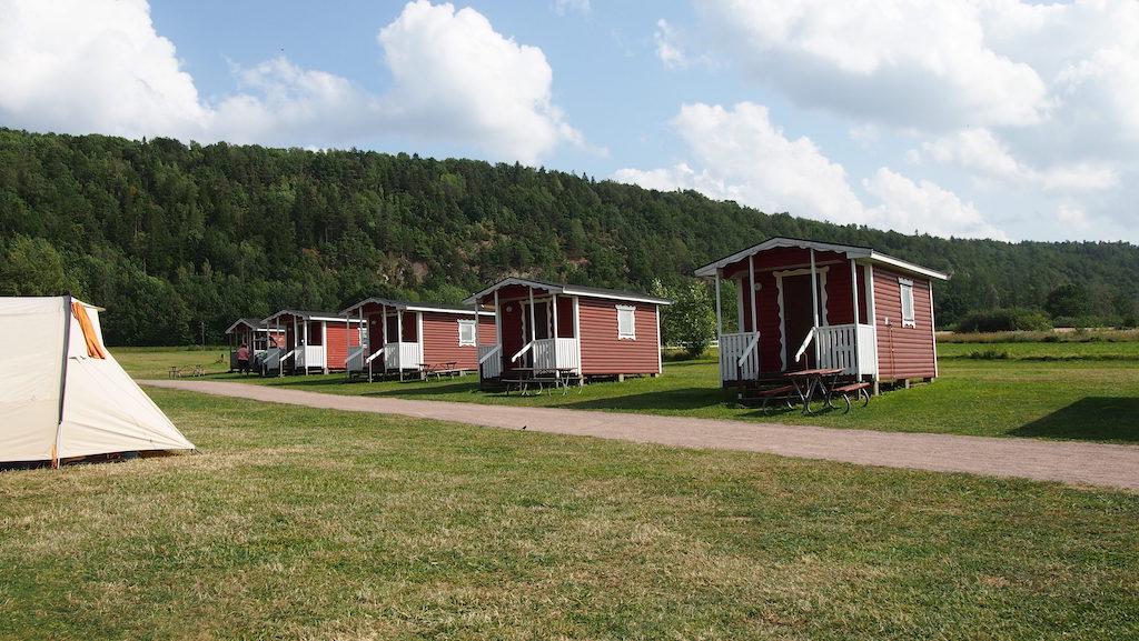 Getingaryds Camping is een trekkerscamping, waar het elke middag weer een verrassing is wie er in je buurt is neergestreken.