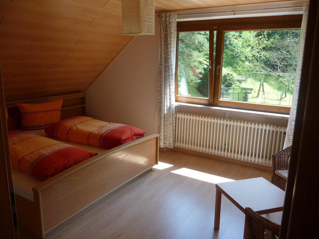 Slaapkamer in het appartement.